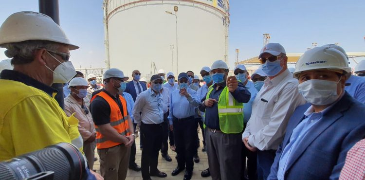 El Molla Visits Sonker Project at Al Sokhna Port