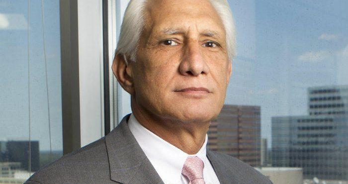 Long-serving Apache CEO Farris Retires