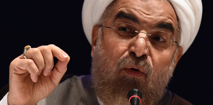 Iran Hopes to Stabilize Oil Prices in Face-Off with Saudi