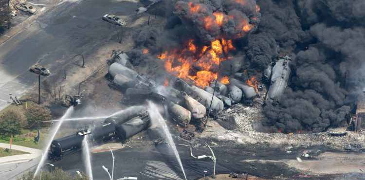 US Senate Votes for Oil Train Safety and Energy Independence
