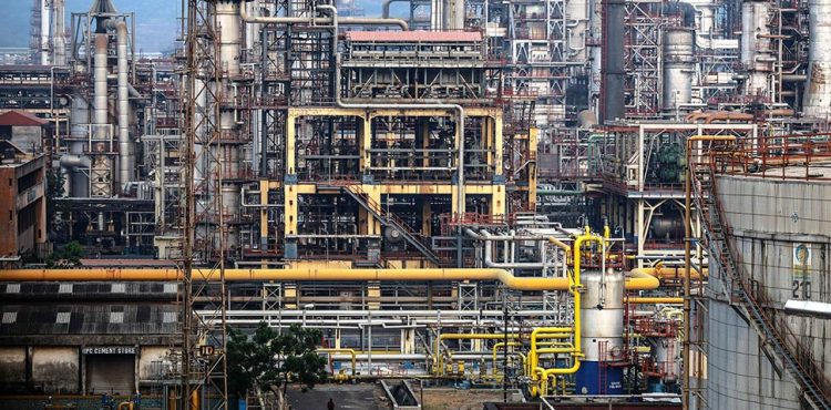 India to Double Oil Refining Capacity in 5 Years