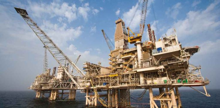 Azerbaijan Reports Oil Production Increase for Q1 of 2015