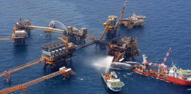 PEMEX Resumes Repairs to Rig Damaged by Fire, Search Continues for Missing Workers