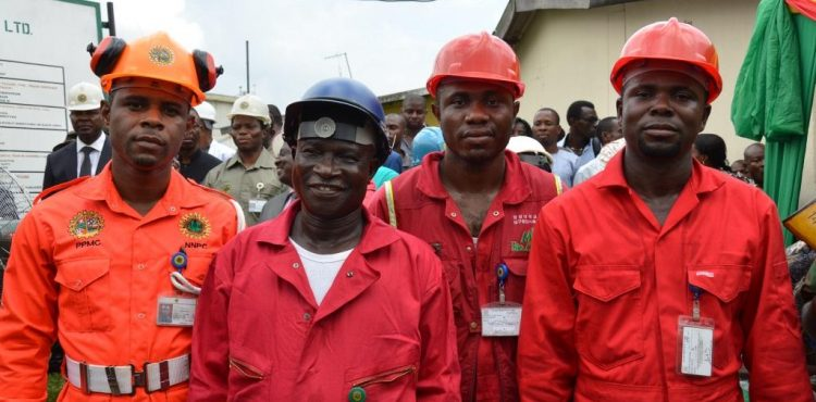 Nigeria's Oil Firm NNPC Secures Funding for 36 Wells