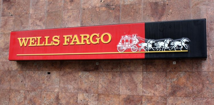 Oil Price Slump Catches Up with Wells Fargo Bank