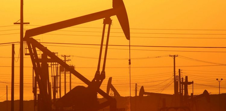 US Oil Production for 2014 at 100 Year High