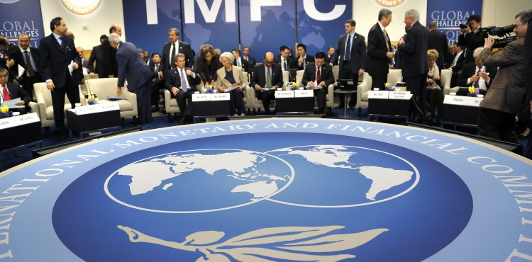 IMF Cuts Sub-Saharan Africa's GDP Growth to 4.5% on Oil Plunge