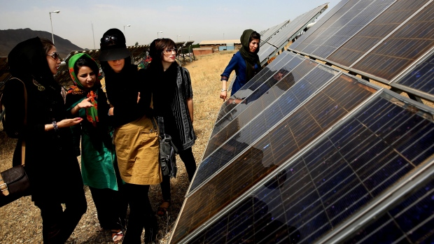 Iran's Largest Solar Power Plant on Verge of Operation