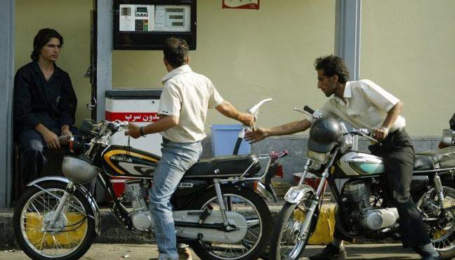 Total, Shell, BP Move into Iranian Fuel Market