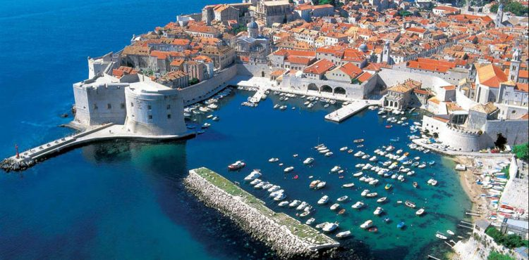 Croatia Considers Oil, Gas Exploration's Threat to Tourism