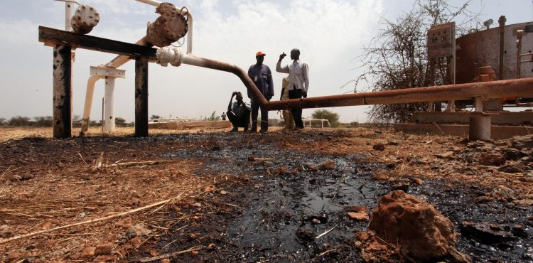 Militants Bomb Delta Oil Pipeline In Nigeria