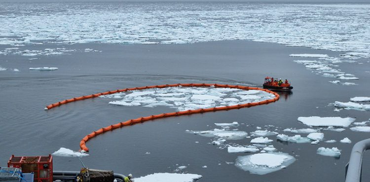 Canadian Govt Report Warns Its Not Prepared for Arctic Oil Spill