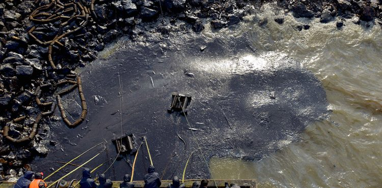 Chinese Court Okays Pollution Lawsuit