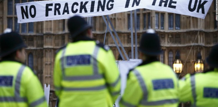 Britain Fast Tracking Fracking Applications