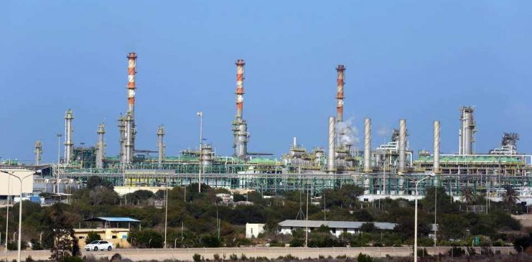 Libya's NOC to Open Talks with Protesters, Reopen Oilfields