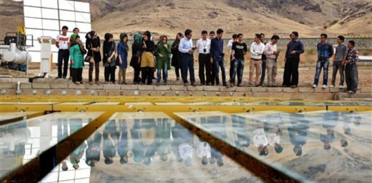 Iran Importing and Developing Own Critical Solar Power Technologies