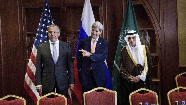 Qatar Between Rival Gas Powers, Iran and US