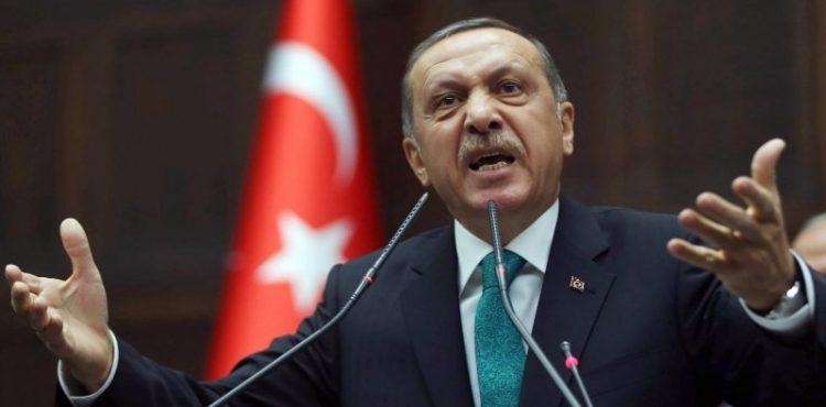 Turkey: Oil Tankers Pass through Bosporus Unhindered