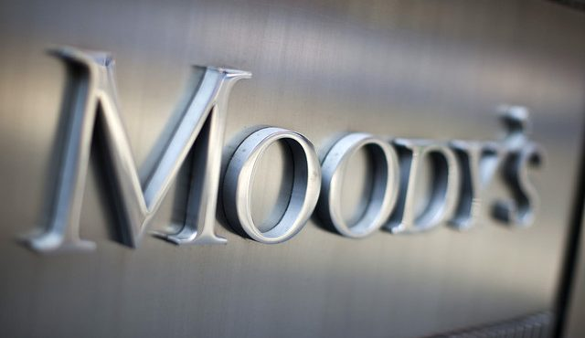 Moody's Reviews Oil and Gas Companies for Potential Downgrade