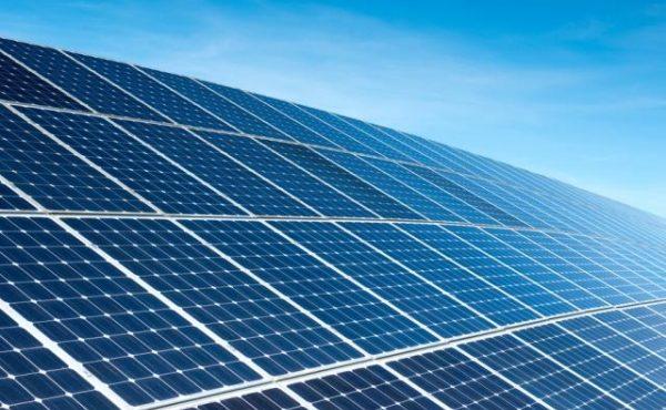 Saudi Arabia to Build Solar Panel Factory