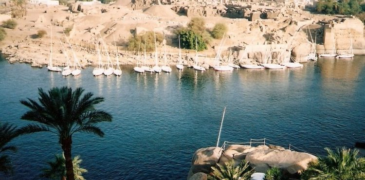 Aswan's Solar Project to Receive 12 Electrical Adapters