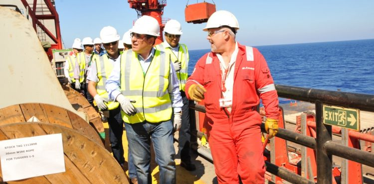 El Molla Reviewed Progress of Mediterranean Gas Projects