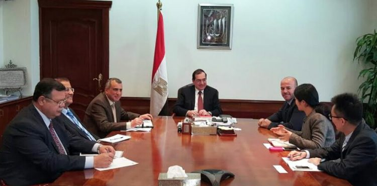 El Molla Meets with Chinese Delegation over Projects Development