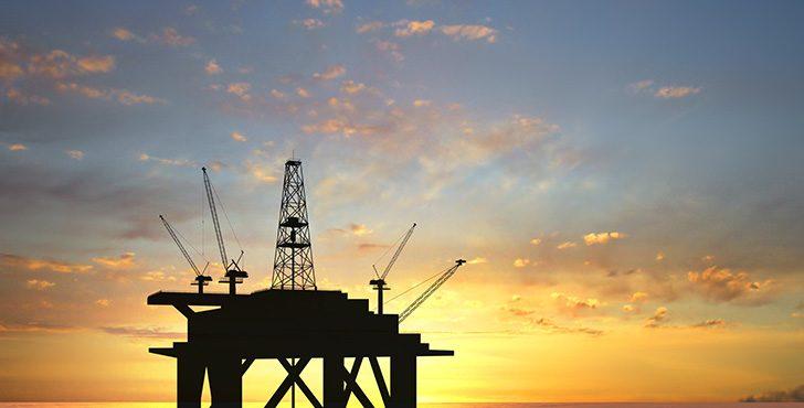 Saudi Arabia, Russia to Extend Oil Cut until March 2018