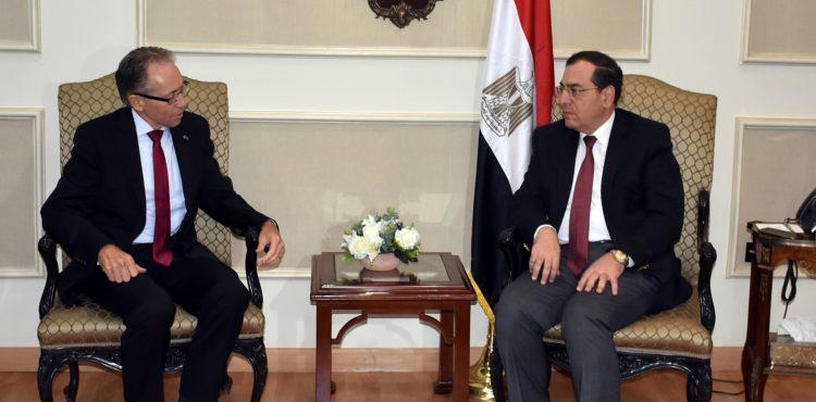 El Molla Meets With Australia Ambassador to Egypt