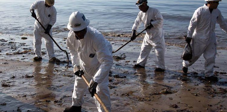 KPC: Kuwaiti Oil Spill Contained