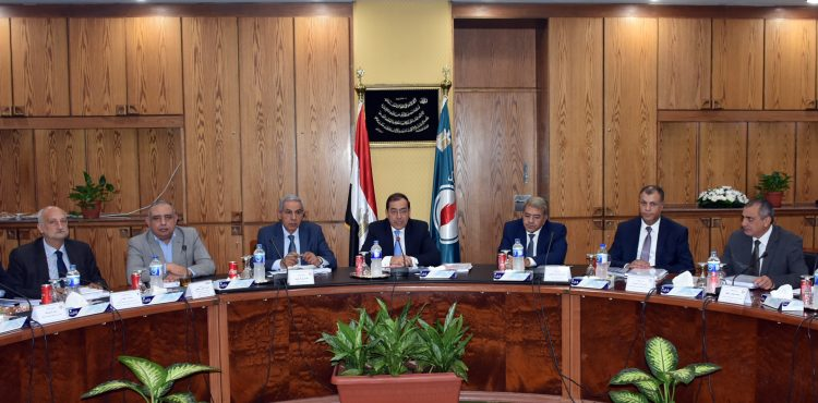 Egypt Produces 626,000 b/d of Crude & Condensates