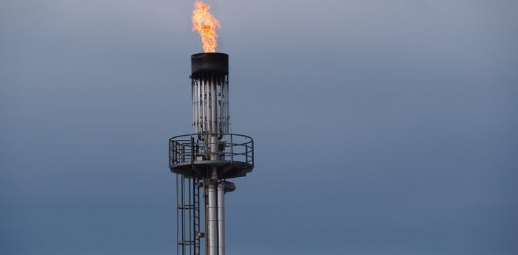 Petroleum Sector Delivers Natural Gas to 10 MM Housing Units