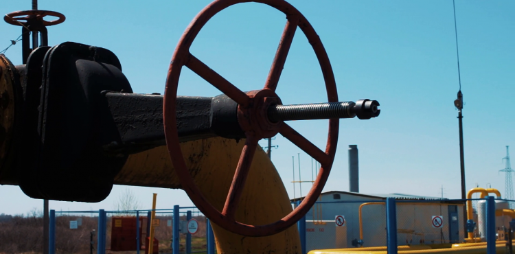 OPEC, Russia Renegotiate Production Cut Agreement