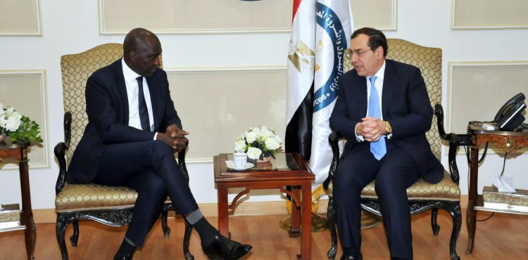 El Molla Talks Infrastructure with World Bank Official