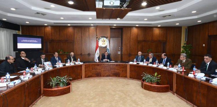 El Molla Reviews Strategies for Turning Egypt into Regional Energy Hub