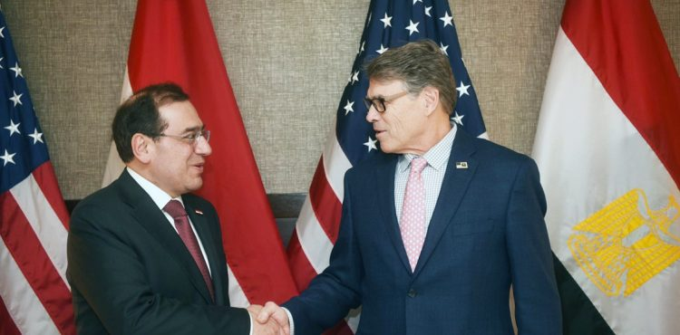 El Molla, Perry Discuss US Investments in Egypt