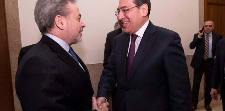 El Molla Discusses Bilateral Ties With US Counterpart