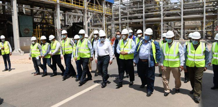 El Molla Checks Trial Operation of New High Value Petroleum Products Complex
