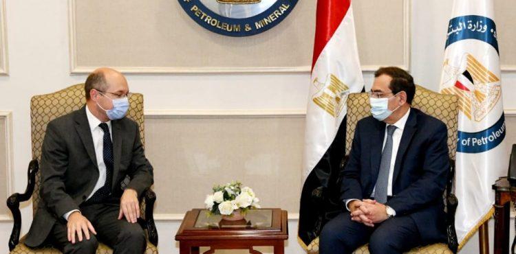El Molla Discusses Cooperation with Hungary's Ambassador