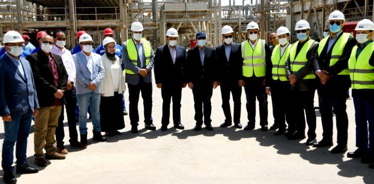 El Molla Inspects Dahshour Gas Compressor Station Project