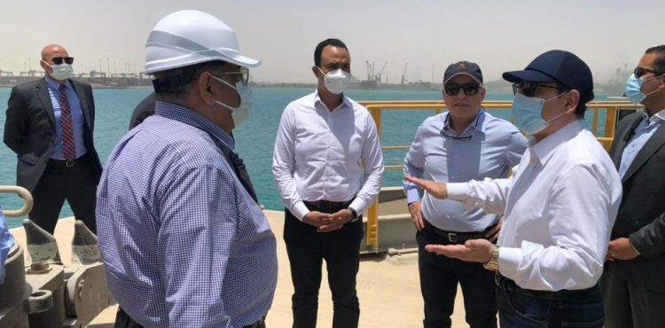 El Molla Inspects National Projects in Ain Sokhna