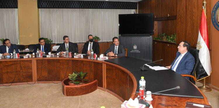El Molla, Siemens Discuss Cooperation in Digital Transformation